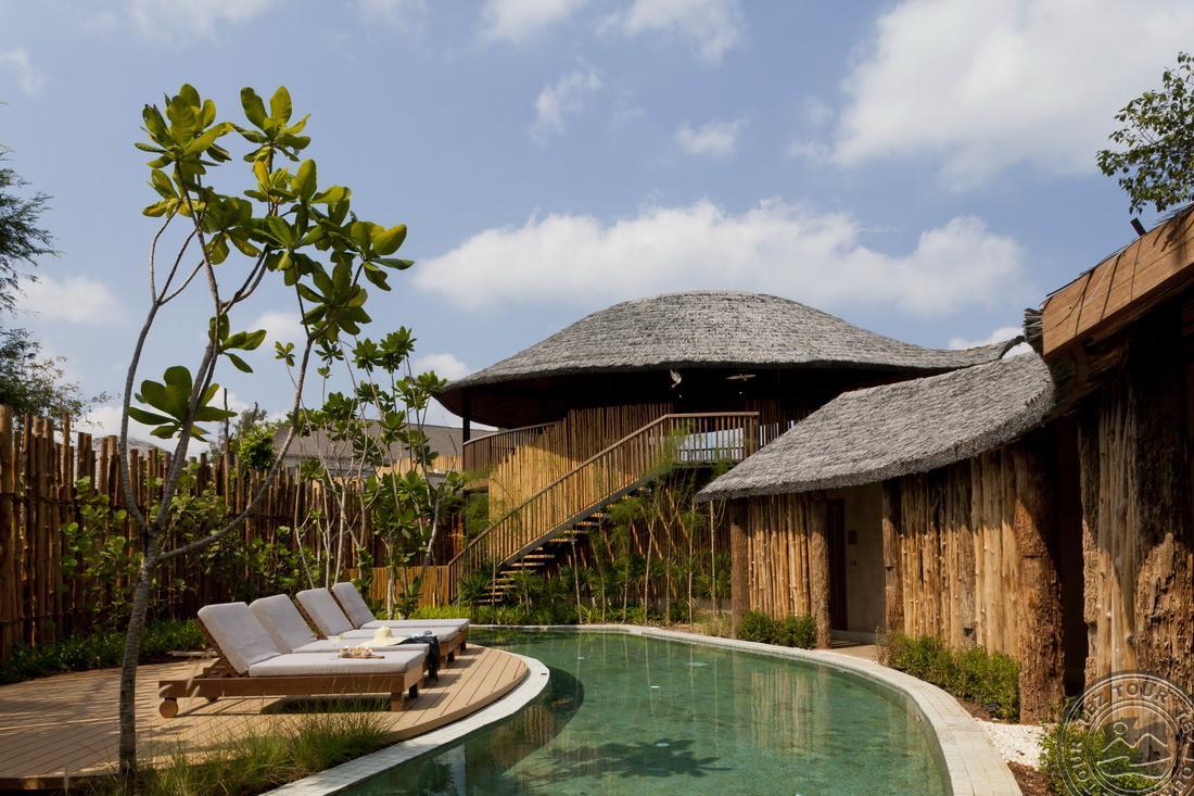 Pool Access Villa