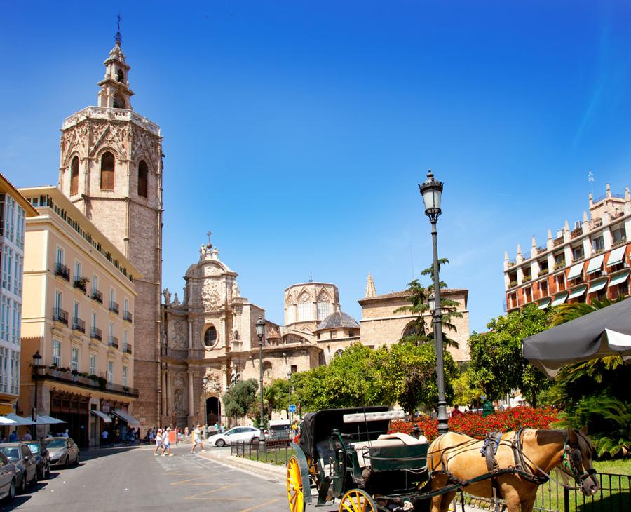 Колокольня Эль-Микалет в Валенсии