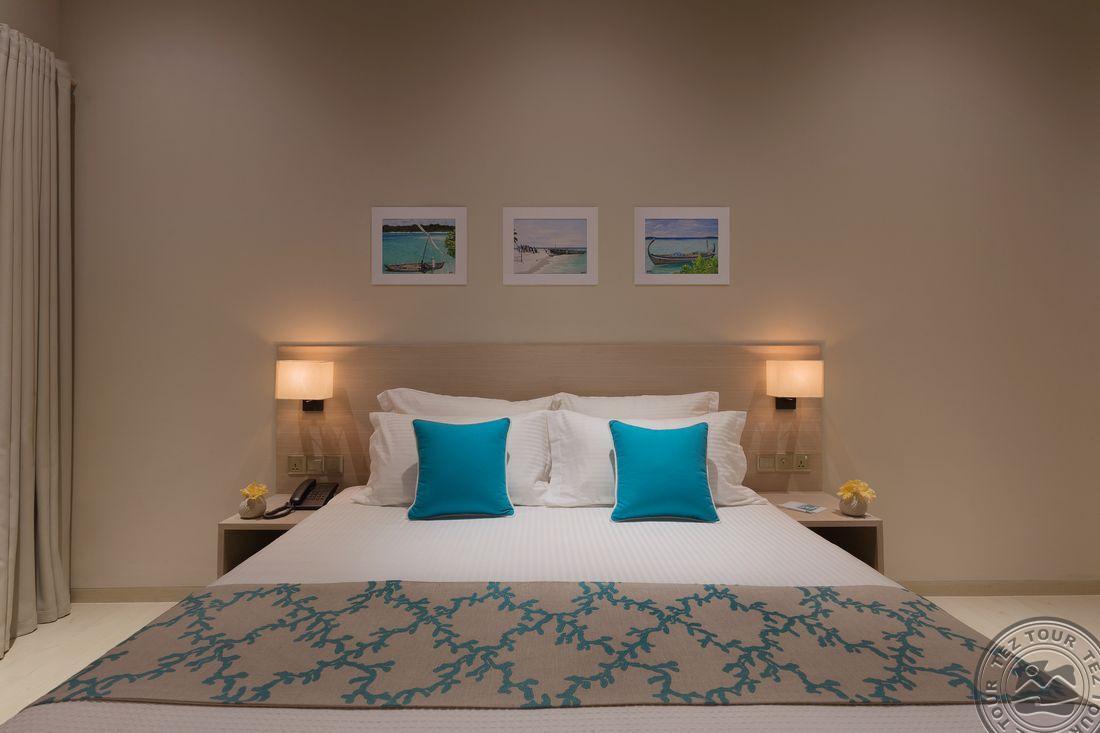 Beach Villa Bed-7652.jpg